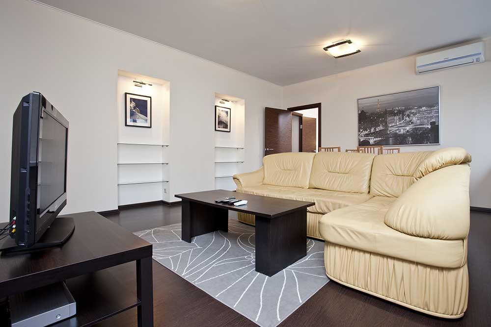 Apartment Fern